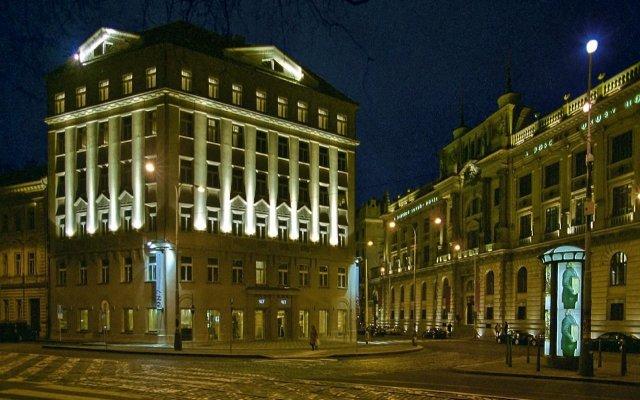 987 Design Prague Hotel вид на фасад