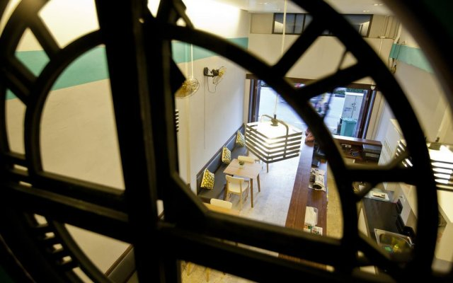 Отель At nights Hostel Таиланд, Пхукет - отзывы, цены и фото номеров - забронировать отель At nights Hostel онлайн вид на фасад