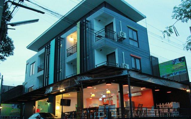 Don Mueang Airport Modern Bangkok Hotel вид на фасад
