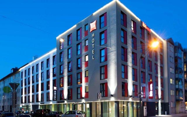 Отель Ibis Muenchen City Sued Мюнхен вид на фасад