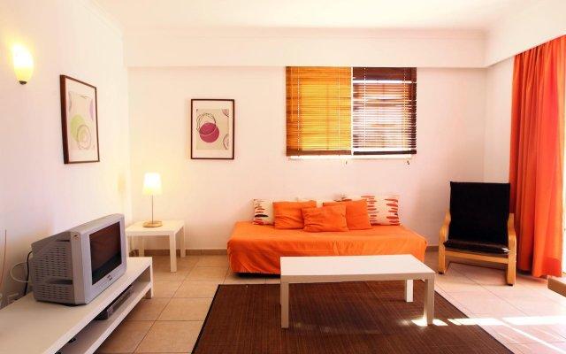 Отель Aqua Mar - Moon Dreams Португалия, Албуфейра - отзывы, цены и фото номеров - забронировать отель Aqua Mar - Moon Dreams онлайн комната для гостей