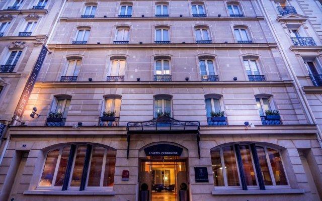 Отель PERGOLESE Париж вид на фасад
