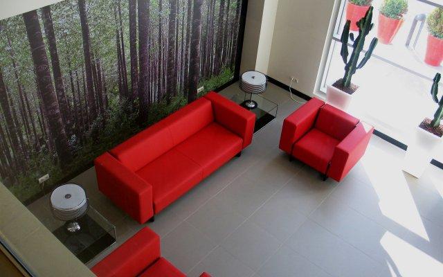Отель Vertice Roomspace Мадрид комната для гостей