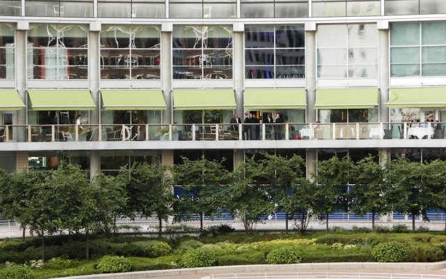 Отель LOWRY Солфорд вид на фасад