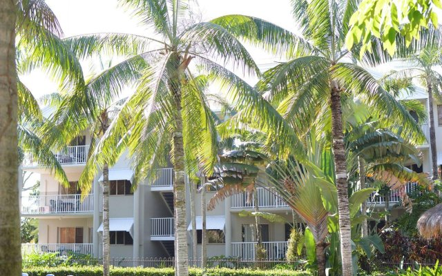 Cairns Beach Resort In Barron