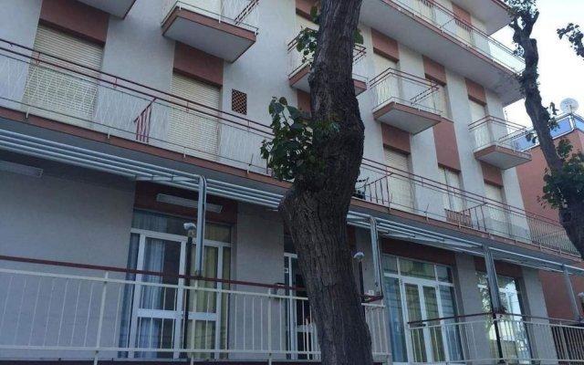 Hostel Bella Rimini вид на фасад
