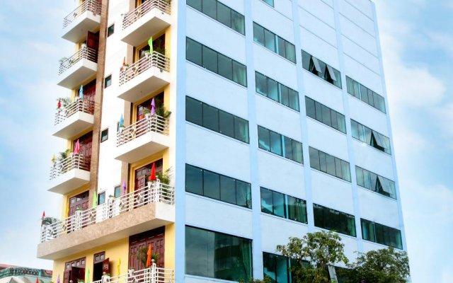 Long Giang Hotel вид на фасад