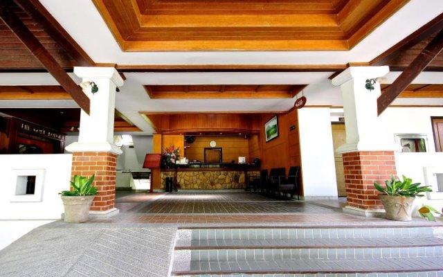 Отель The Golf Lodge Laem Chabang вид на фасад