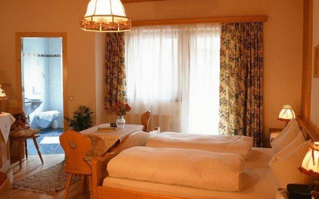 Отель Landhaus Tuxerschafer комната для гостей