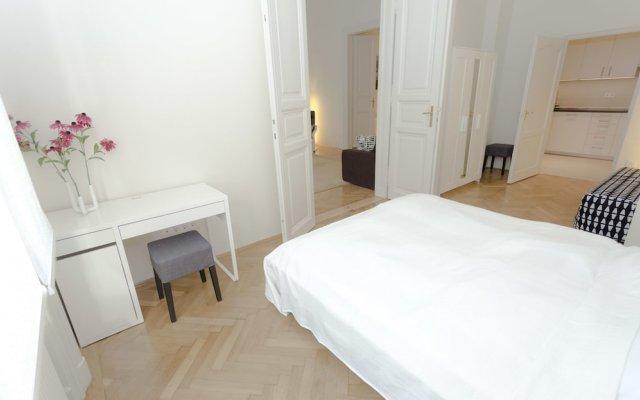 Отель Panada Apartment Венгрия, Будапешт - отзывы, цены и фото номеров - забронировать отель Panada Apartment онлайн комната для гостей