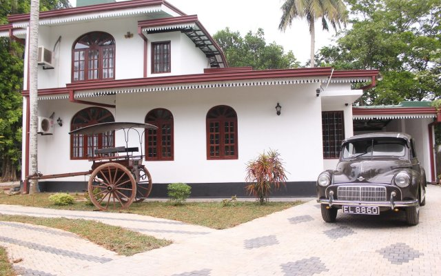 Отель Sethra Villas Шри-Ланка, Бентота - отзывы, цены и фото номеров - забронировать отель Sethra Villas онлайн вид на фасад