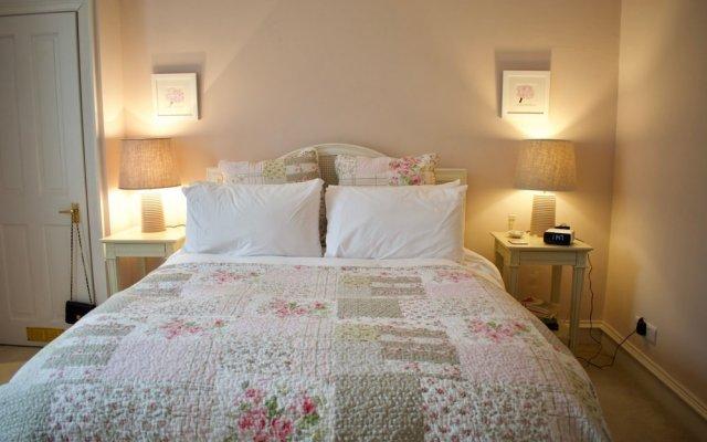 Traditional 1 Bedroom Stockbridge Home