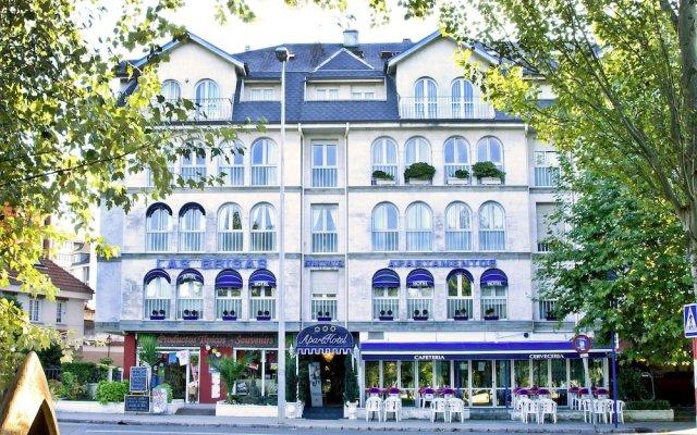 Отель Apartamentos Las Brisas Испания, Сантандер - отзывы, цены и фото номеров - забронировать отель Apartamentos Las Brisas онлайн вид на фасад