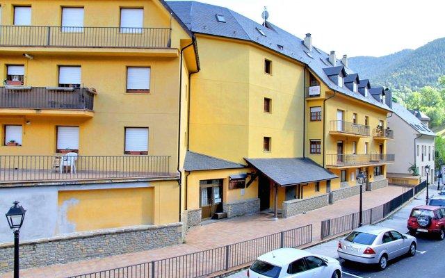 Апартаменты Apartments Somni Aranès вид на фасад
