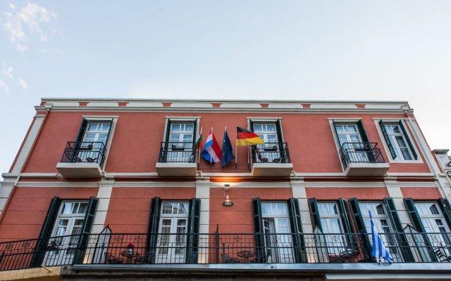 Отель Old Town Inn вид на фасад