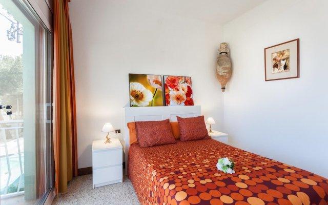 Отель Apartamento Vivalidays Rosa Испания, Бланес - отзывы, цены и фото номеров - забронировать отель Apartamento Vivalidays Rosa онлайн комната для гостей