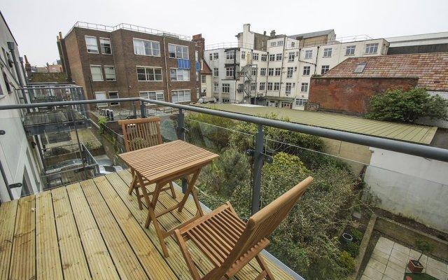 Апартаменты Avalon Balcony Apartment Брайтон балкон