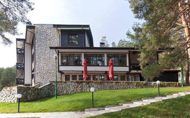 Family Hotel Spa Hebar