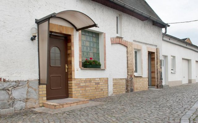 Отель Pension Röhrborn Германия, Лейпциг - отзывы, цены и фото номеров - забронировать отель Pension Röhrborn онлайн вид на фасад