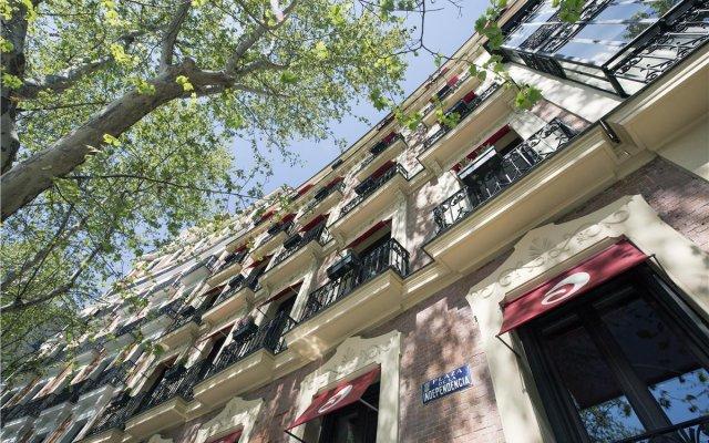 Отель Hospes Puerta de Alcalá вид на фасад