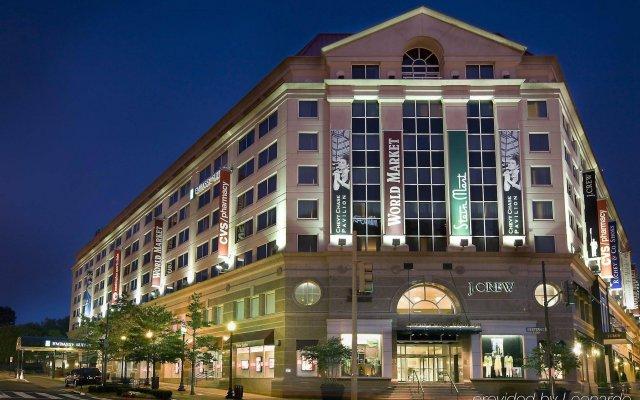 Embassy Suites by Hilton Washington DC Chevy Chase Pavilion