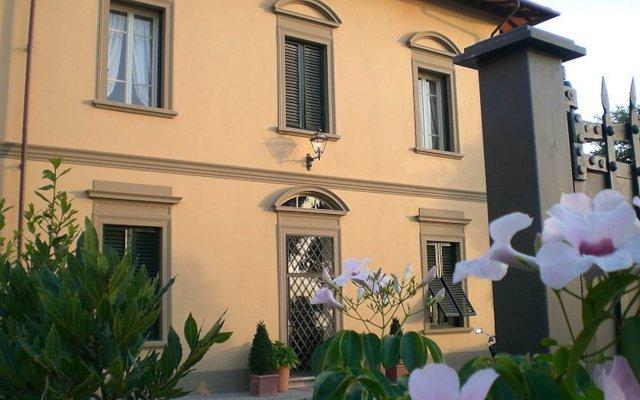 Отель Villa Le Luci Кастаньето-Кардуччи вид на фасад