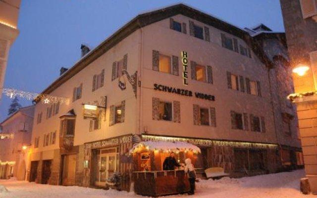 Hotel Schwarzer Widder Силандро вид на фасад
