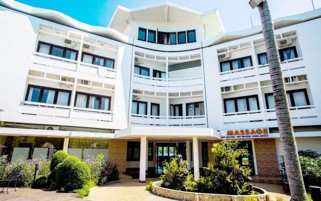 Отель Huong Giang Hotel Resort & Spa Вьетнам, Хюэ - 1 отзыв об отеле, цены и фото номеров - забронировать отель Huong Giang Hotel Resort & Spa онлайн вид на фасад