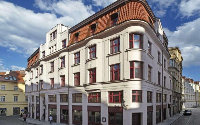 Отель Buddha Bar Прага вид на фасад