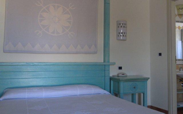 Hotel Pedraladda Кастельсардо комната для гостей