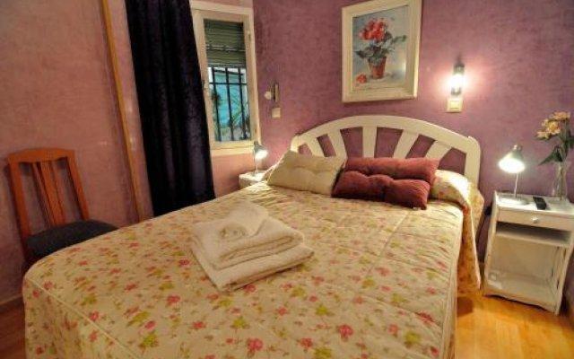 Отель Хостел Far Home Plaza Mayor Испания, Мадрид - отзывы, цены и фото номеров - забронировать отель Хостел Far Home Plaza Mayor онлайн вид на фасад