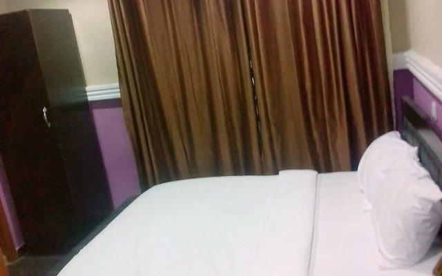 Отель House Eleven Hotels and Apartments Нигерия, Ибадан - отзывы, цены и фото номеров - забронировать отель House Eleven Hotels and Apartments онлайн комната для гостей