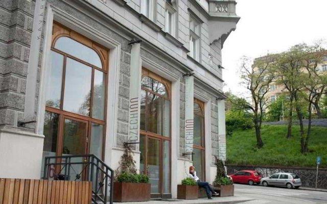 Отель Czech Inn вид на фасад