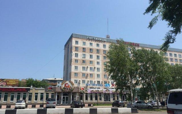 Гостиница Inn Mega в Уссурийске отзывы, цены и фото номеров - забронировать гостиницу Inn Mega онлайн Уссурийск вид на фасад