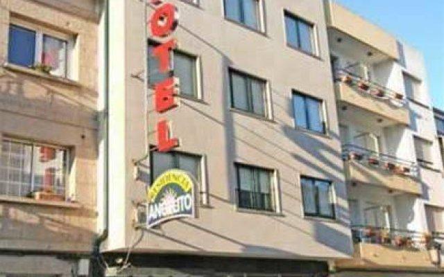 Hotel Angelito Эль-Грове вид на фасад
