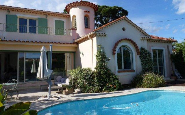 Отель Chambres d'Hotes Blue Dream Франция, Канны - отзывы, цены и фото номеров - забронировать отель Chambres d'Hotes Blue Dream онлайн вид на фасад