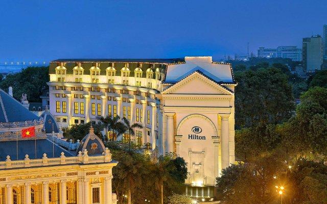 Отель Hilton Hanoi Opera вид на фасад