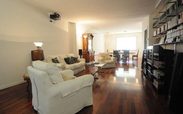 Апартаменты Toflorence Apartments - Oltrarno Флоренция комната для гостей