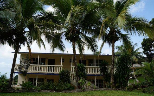 Отель Hacienda Moyano вид на фасад