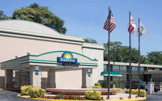 Days Inn by Wyndham Washington DC/Gateway