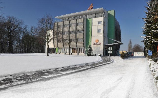 Vivaldi Hotel Познань вид на фасад