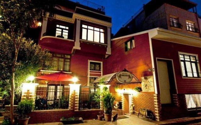 Angel's Home Hotel вид на фасад
