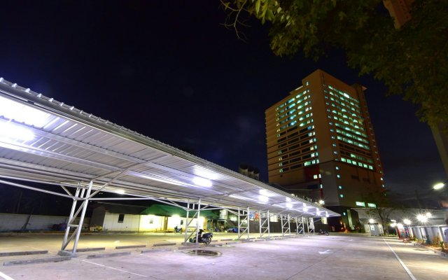 Siam Oriental Hotel вид на фасад