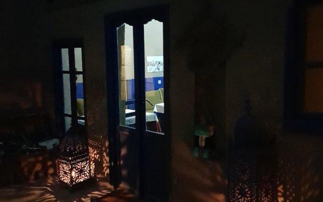 Отель Chez Youssef Марокко, Мерзуга - 1 отзыв об отеле, цены и фото номеров - забронировать отель Chez Youssef онлайн вид на фасад