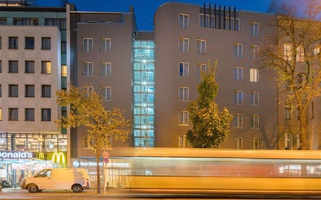 Отель Best Western Hotel Kantstrasse Berlin Германия, Берлин - 9 отзывов об отеле, цены и фото номеров - забронировать отель Best Western Hotel Kantstrasse Berlin онлайн вид на фасад