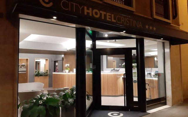 Отель Cityhotel Cristina Италия, Виченца - отзывы, цены и фото номеров - забронировать отель Cityhotel Cristina онлайн вид на фасад