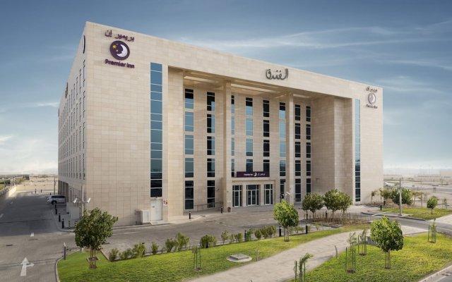 Отель Premier Inn Doha Education City вид на фасад