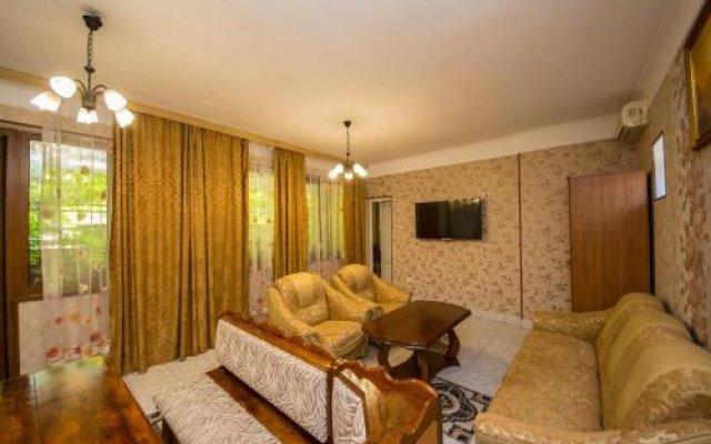 Гостиница Гостевой дом «Семья» в Анапе отзывы, цены и фото номеров - забронировать гостиницу Гостевой дом «Семья» онлайн Анапа комната для гостей
