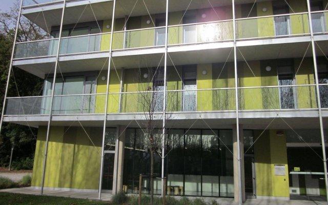Отель Green Nest Hostel Uba Aterpetxea Испания, Сан-Себастьян - отзывы, цены и фото номеров - забронировать отель Green Nest Hostel Uba Aterpetxea онлайн вид на фасад