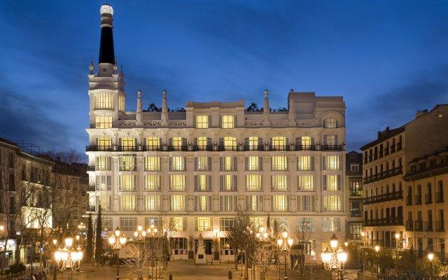 Отель ME Madrid Reina Victoria Мадрид вид на фасад